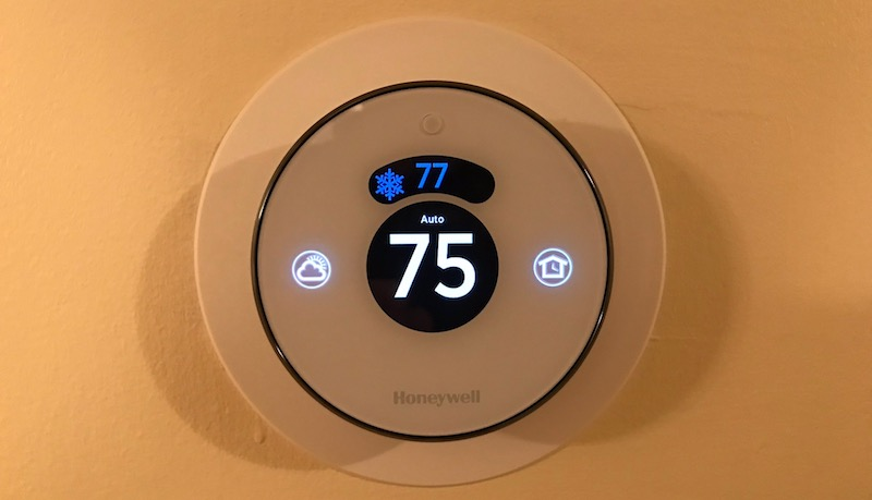 Review Honeywell S 199 Lyric Round Thermostat Features A