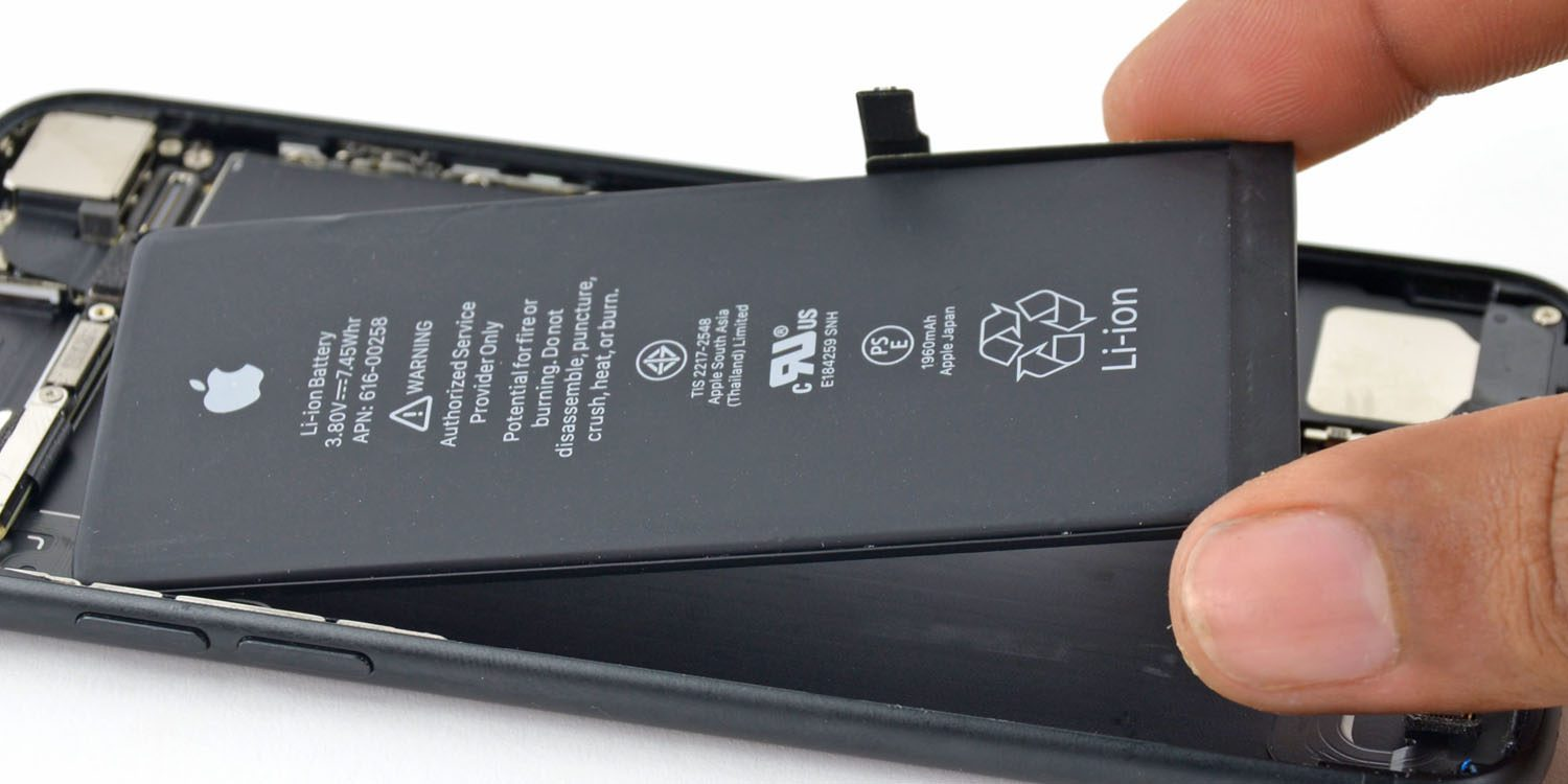 iphone battery replacement cost apple temporarily drops price of iphone battery 15188