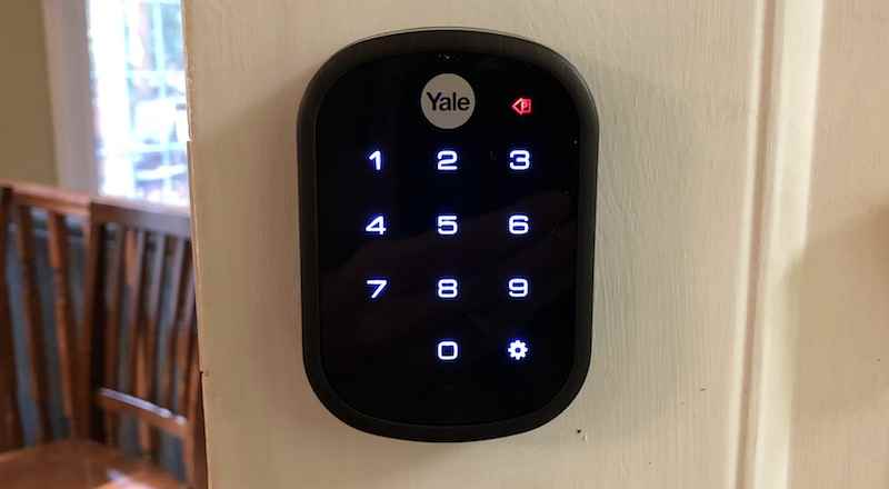 Review Yale S 220 Assure Lock Sl Is A Sleek Keyless