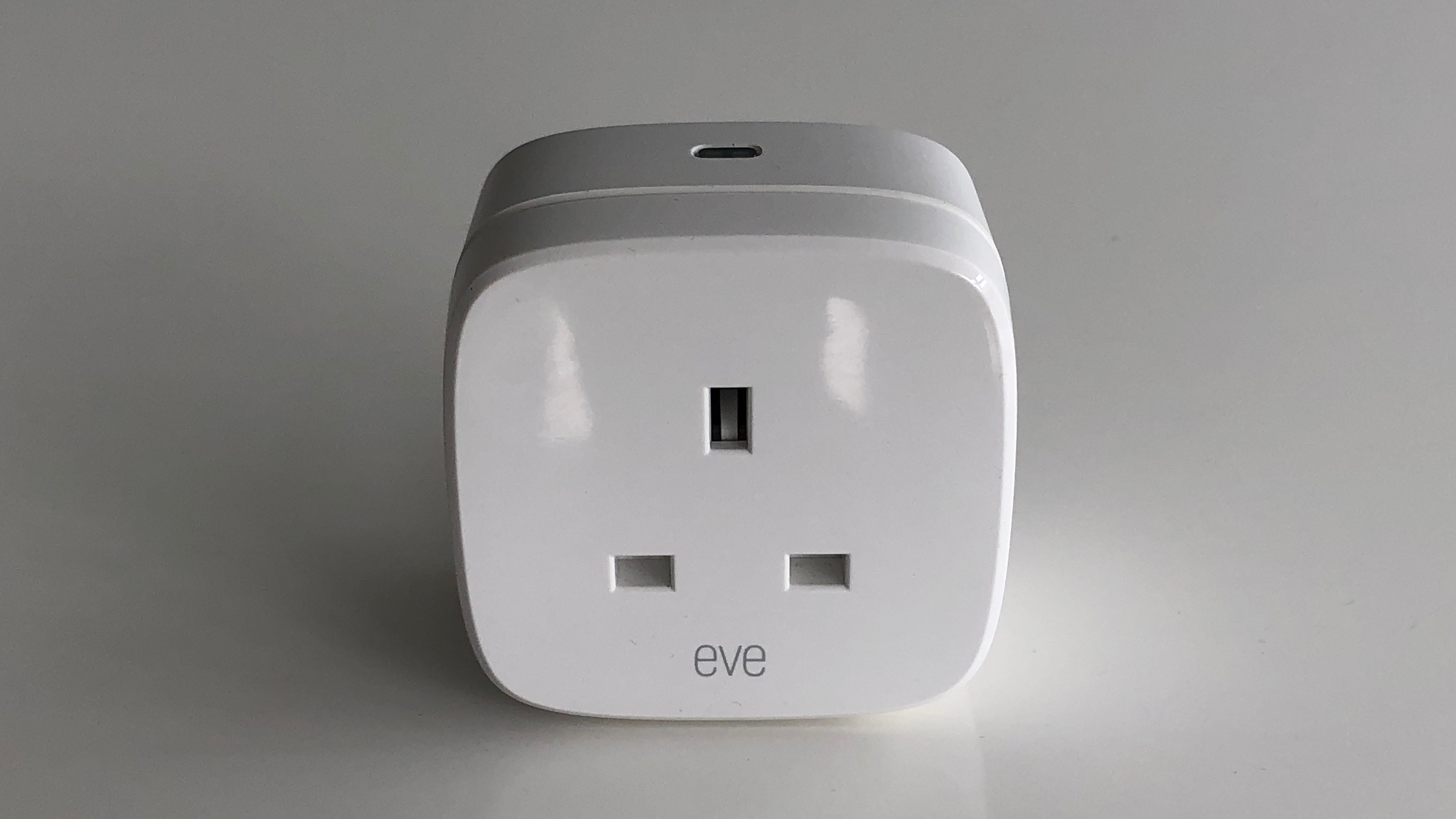 Best UK HomeKit smart plug: Eve Energy review